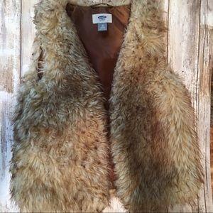 Old Navy Brown Fur Vest M (8)